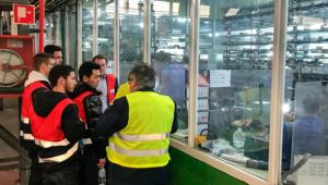 visita estudiantes de Arquitectura fábrica de Aluminio