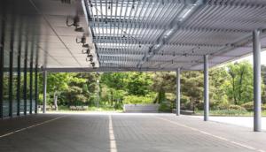 aluminio y eficiencia energética pergola bioclimática
